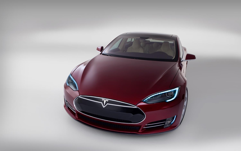 The success of Tesla Motors complicates Fox News  narrative about    Tesla